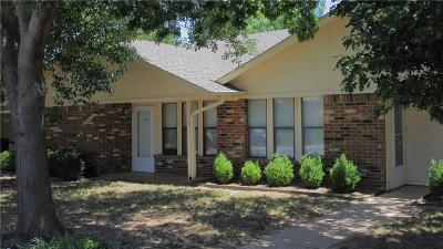 Norman Multi Family Home For Sale: 1213 Clearwater Drive