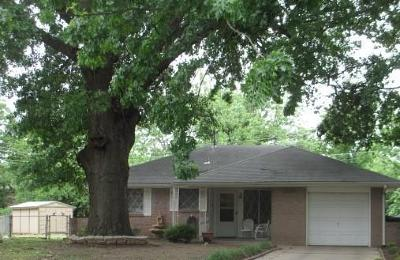 Oklahoma City Single Family Home For Sale: 7208 NW 8 Streets
