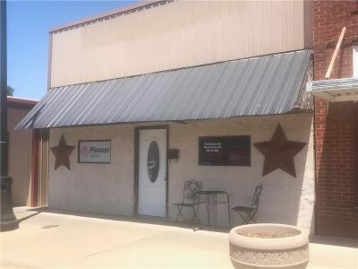 Cheyenne Commercial For Sale: 317 E Broadway Center