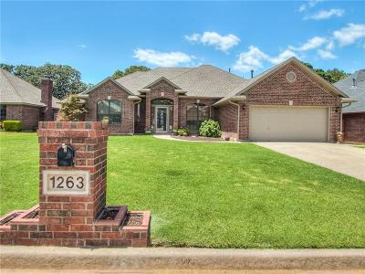 Midwest City Single Family Home For Sale: 1263 Three Oaks Circle