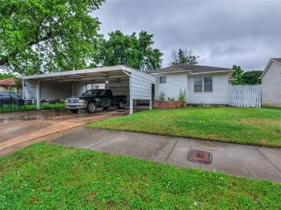Oklahoma City Single Family Home For Sale: 1137 SW 49th Street