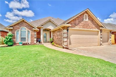 Moore Single Family Home For Sale: 1001 Julies Trail