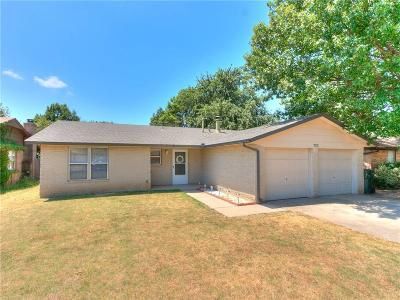 Norman Single Family Home For Sale: 700 Ash Lane