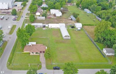 Oklahoma City Commercial For Sale: 505 N Oakdale Drive