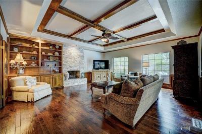 Oklahoma City Single Family Home For Sale: 5017 Misty Glen Circle