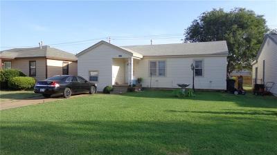 Altus Single Family Home For Sale: 1017 E Sycamore Avenue