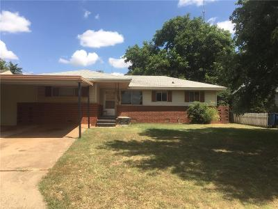 Cordell Single Family Home For Sale: 109 Mimosa Street