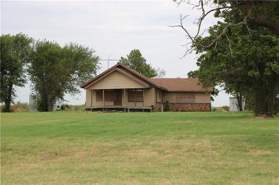 Fort Cobb Single Family Home For Sale: 29094 County Street 2530