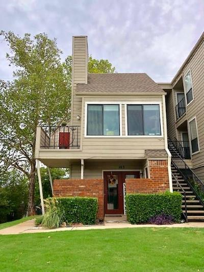 Oklahoma City Condo/Townhouse For Sale: 11510 N May Avenue #B103