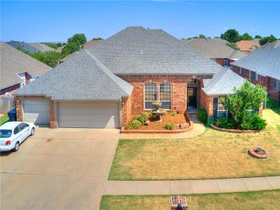 Oklahoma City Single Family Home For Sale: 9121 SW 26th Street