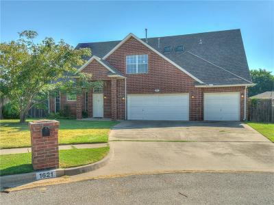 Norman Single Family Home For Sale: 1621 Woodcreek Court