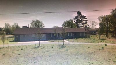 Anadarko Single Family Home For Sale: 23005 County Road 1376 Road