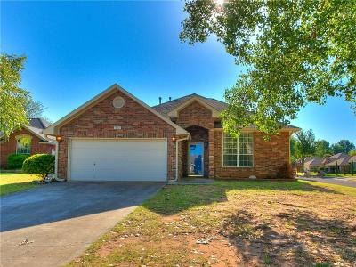 Norman Single Family Home For Sale: 301 Eccell Court