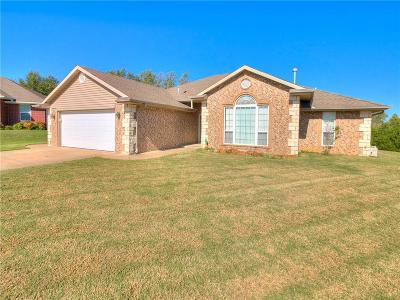 Shawnee OK Single Family Home For Sale: $210,000