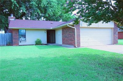 Edmond Single Family Home For Sale: 401 W 8th Street