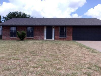 Altus Single Family Home For Sale: 1709 E Tyler Street