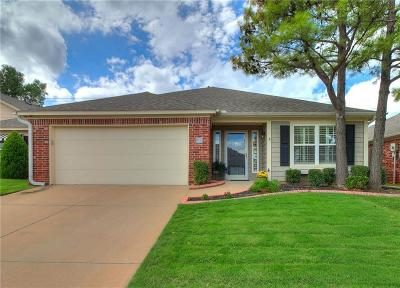 Oklahoma City Single Family Home For Sale: 2455 Manchester Drive #49