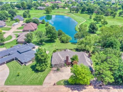 Shawnee Single Family Home For Sale: 503 Lakeside Court