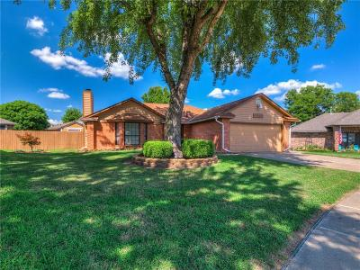 Midwest City Single Family Home For Sale: 11717 Tyson Court