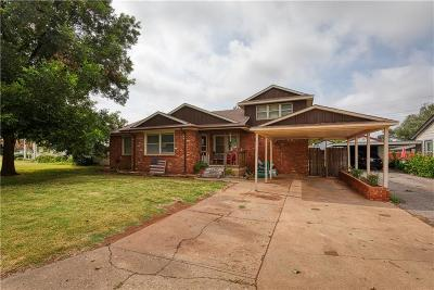 Elk City Single Family Home For Sale: 210 Wilcox Way