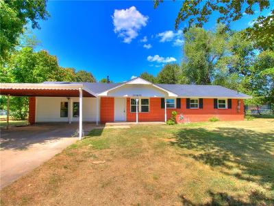 Midwest City Single Family Home For Sale: 10401 NE 12th Street