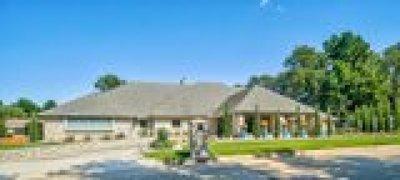 Shawnee Single Family Home For Sale: 15 Northridge Road
