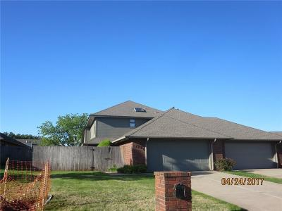 Oklahoma City Multi Family Home For Sale: 2704 NW Silvertree Drive #1
