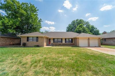 Oklahoma City Single Family Home For Sale: 2220 NW 118th Terrace