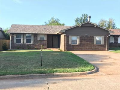 Moore Single Family Home For Sale: 1008 Larkspur Road