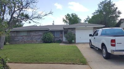 Del City Single Family Home For Sale: 3024 Overland Drive
