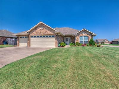 Shawnee Single Family Home For Sale: 2301 Crooked Oak Court