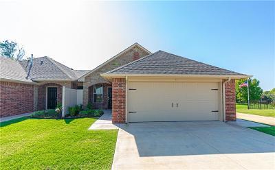 Edmond Multi Family Home For Sale: 220 W Coffee Creek Road