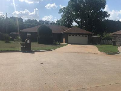 Midwest City Single Family Home For Sale: 2301 Celina Drive