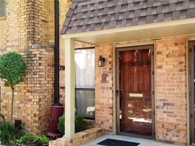 Oklahoma City Condo/Townhouse For Sale: 7807 Old Hickory Lane