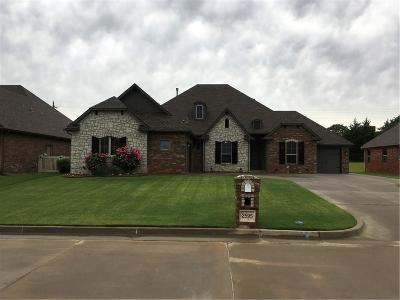 Midwest City Single Family Home For Sale: 2595 Forest Crossing Drive