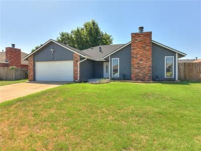 Yukon Single Family Home For Sale: 10020 Dover Drive