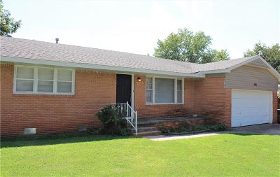 Purcell Single Family Home For Sale: 406 W Taylor Street