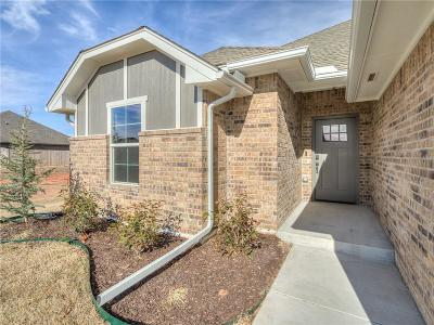 Mustang Single Family Home For Sale: 1727 W Blake Way
