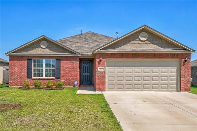 Mustang Single Family Home For Sale: 2009 W Oak Valley Way