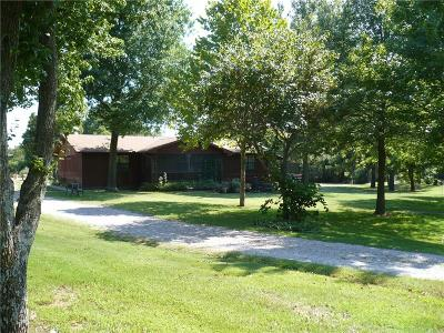 Shawnee Single Family Home For Sale: 44711 Hardesty Road