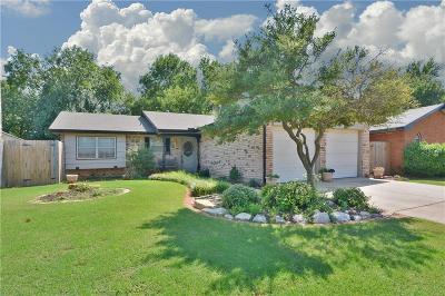 Warr Acres Single Family Home For Sale: 5816 Norman Road