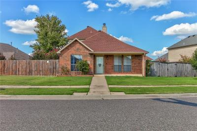 Moore Single Family Home For Sale: 1423 SW 24th Street