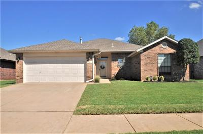 Oklahoma City Single Family Home For Sale: 701 SW 154th Place