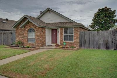 Moore OK Single Family Home For Sale: $110,000