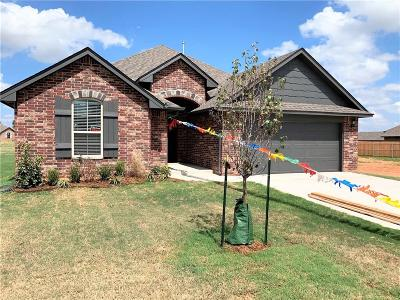 Mustang Single Family Home For Sale: 1821 W Zachary Way