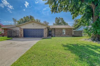 Midwest City Single Family Home For Sale: 3904 N Shadybrook Drive
