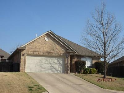 Edmond Single Family Home For Sale: 5 NW 156th Street