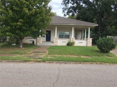 Shawnee Single Family Home For Sale: 1707 N Beard Avenue