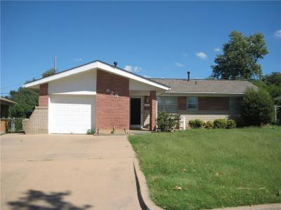 Moore Single Family Home For Sale: 625 SW 1st Place