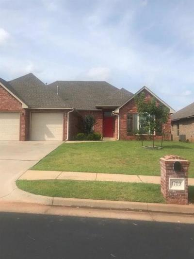 Edmond Single Family Home For Sale: 1709 Woody Lane